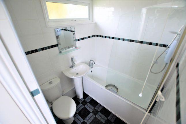 Bathroom of Carmarthen Bay Holiday Park, Kidwelly SA17