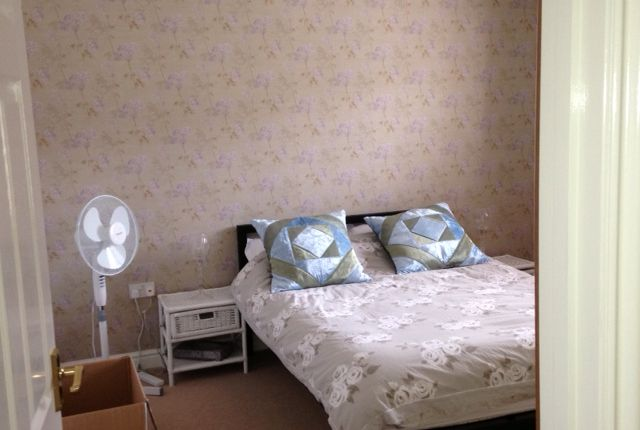 Bedroom of Lakes View, Royal Wootton Bassett SN4