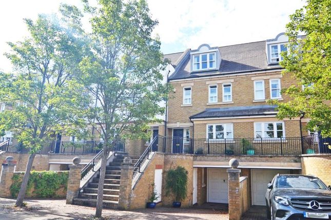 Thumbnail Property for sale in Admiralty Way, Teddington