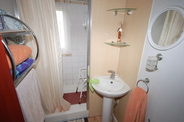 Shower Room of West Shore Park, Walney, Barrow-In-Furness LA14