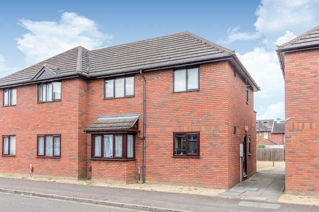 Thumbnail Maisonette for sale in Chichele Street, Higham Ferrers, Rushden
