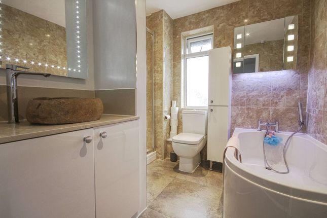 Bathroom 1 of Prospect Place, Barnstaple EX32