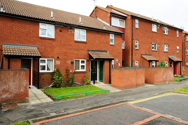 Thumbnail Flat to rent in Holywell Close, Newcastle Upon Tyne