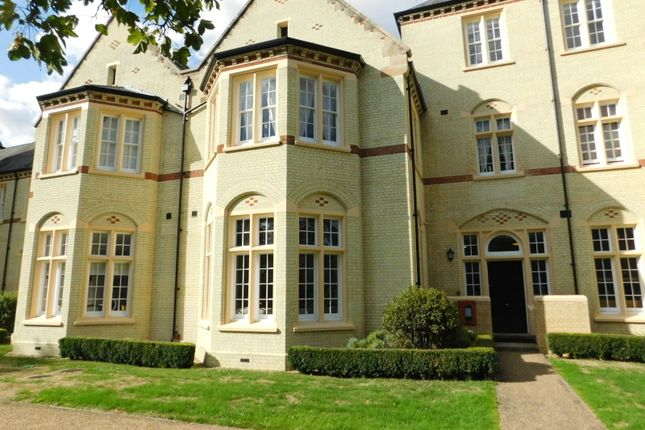 Thumbnail Flat for sale in East Wing, Fairfield Hall, Kingsley Ave, Fairfield, Hitchin