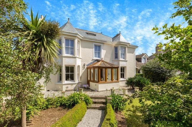 Thumbnail Detached house for sale in Hayle, Cornwall