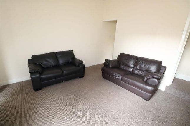 Thumbnail Detached house to rent in Hollis Road, Coventry