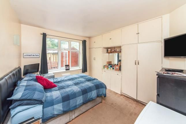 Bedroom of Hale Drive, London NW7