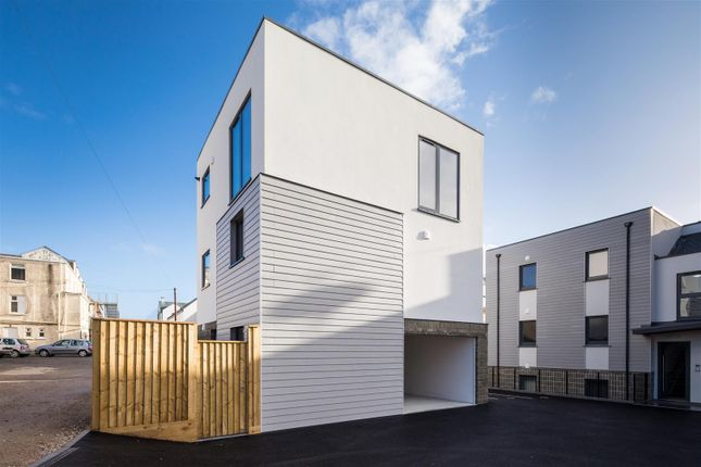 Thumbnail Detached house for sale in Edgcumbe Gardens, Newquay