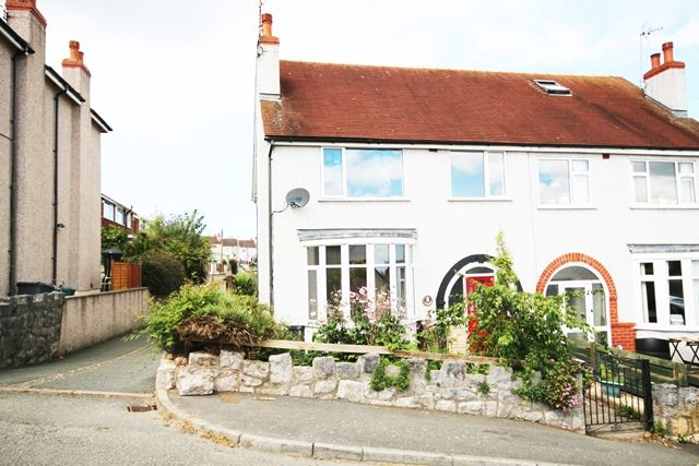 Thumbnail Semi-detached house to rent in Upland Road, Colwyn Bay
