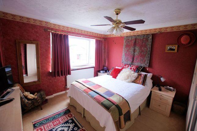 Bedroom 1 of Heath Lawns, Catisfield, Fareham PO15