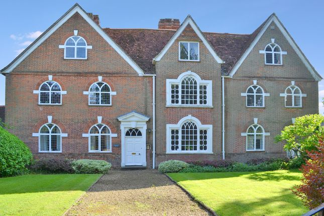 Thumbnail Flat for sale in Parsonage Lane, Lambourn, Hungerford