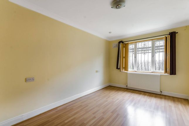 Thumbnail Bungalow to rent in Lincoln Mews, West Dulwich