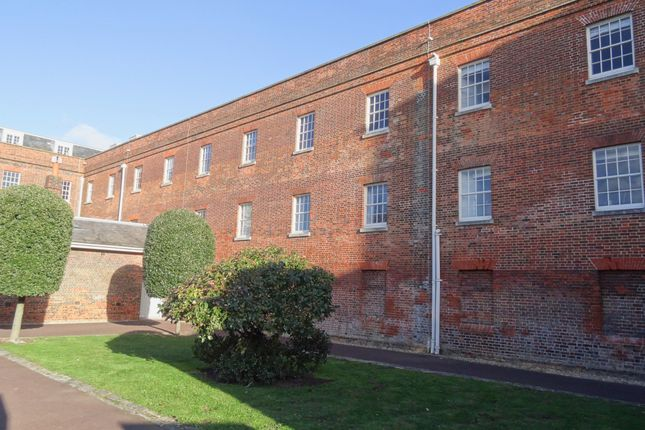 Thumbnail Flat to rent in Weevil Lane, Gosport