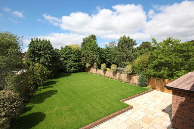 Garden of Woodlands Glade, Beaconsfield, Bucks HP9