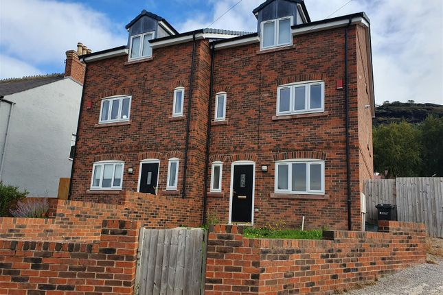 4 bed terraced house to rent in Chester Road, Helsby, Frodsham WA6