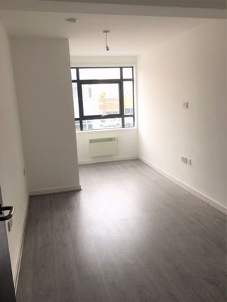 Thumbnail Flat to rent in London Road, Liverpool