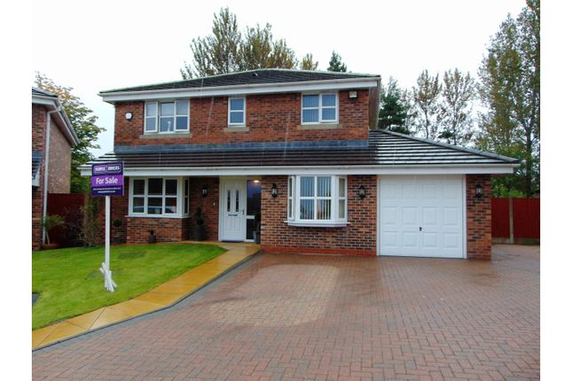 Thumbnail Detached house for sale in Parklands, Oldham