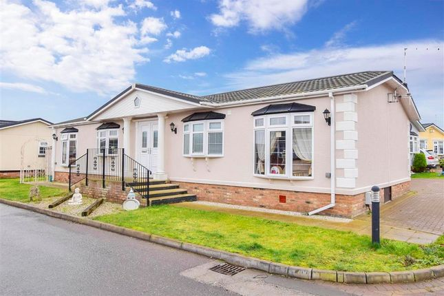 2 bed bungalow for sale in Palm Court, Battlesbridge, Wickford, Essex SS11