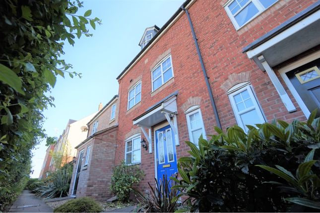 Thumbnail Terraced house for sale in Wordsworth Avenue, Stratford-Upon-Avon
