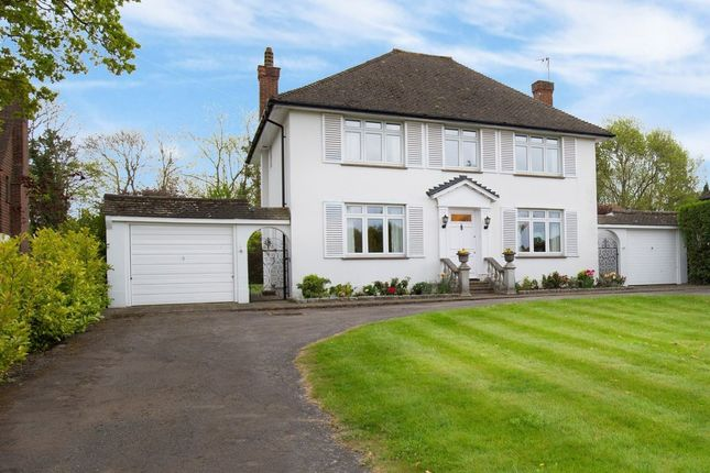 Thumbnail Detached house for sale in The Highlands, East Horsley, Leatherhead