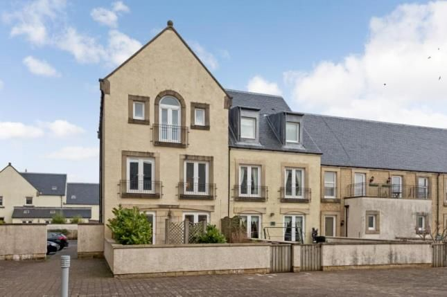 Thumbnail End terrace house for sale in Harbour Square, Inverkip, Inverclyde