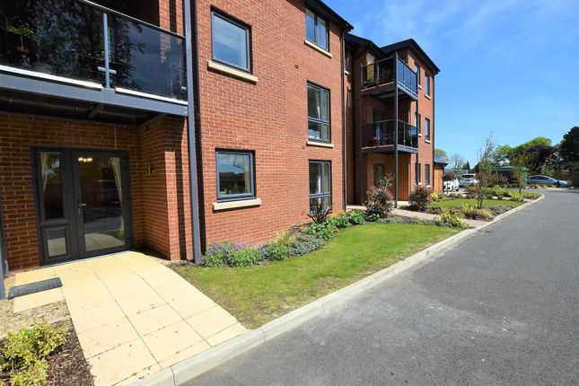 Thumbnail Flat for sale in Lonsdale Park, Oakham