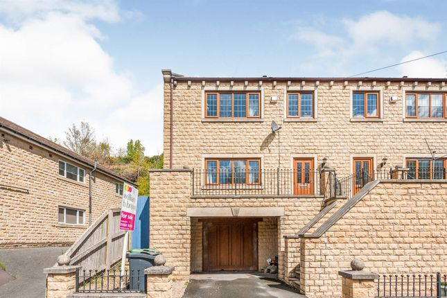 3 bed town house for sale in Upper Brow Road, Paddock, Huddersfield HD1