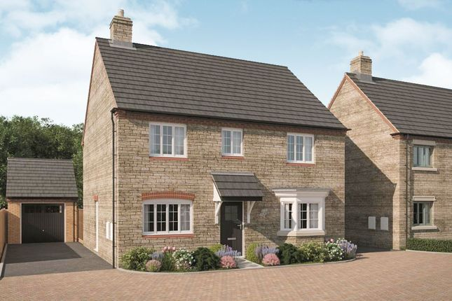 Thumbnail Detached house for sale in New Yatt Road, North Leigh, Witney