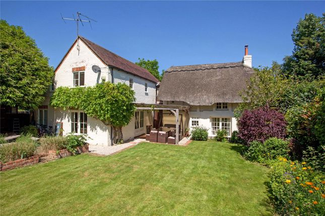 Thumbnail Detached house for sale in Hurst, Reading, Berkshire