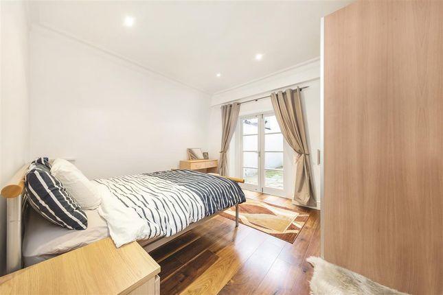 Second Bedroom of Elvaston Place, London SW7