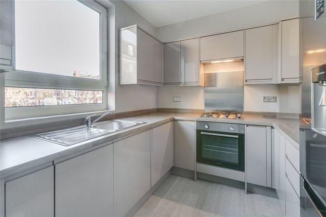 Thumbnail Maisonette to rent in Upper Richmond Road West, London