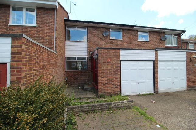 3 bed terraced house to rent in Peregrine Close, Watford WD25