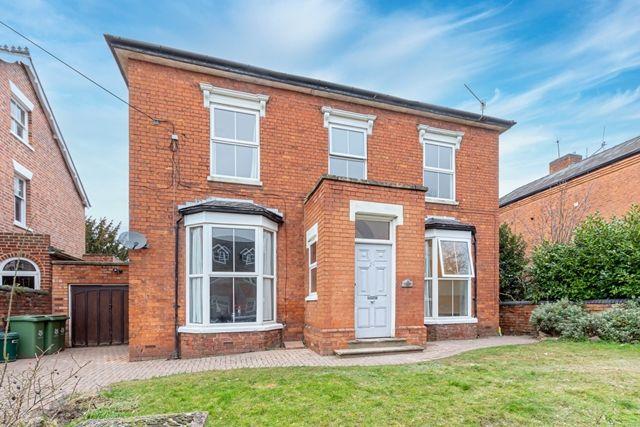 Room to rent in Bromyard Road, St Johns, Worcester WR2