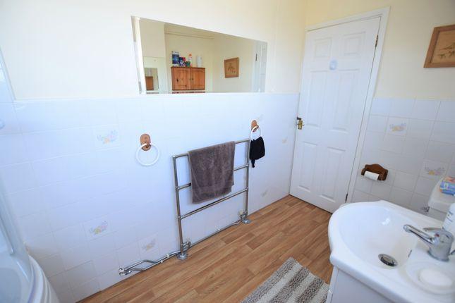 Bathroom of Cadogan Court, Pevensey Bay BN24