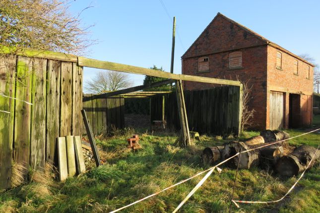 Thumbnail Barn conversion for sale in Northfield Lane, Amcotts