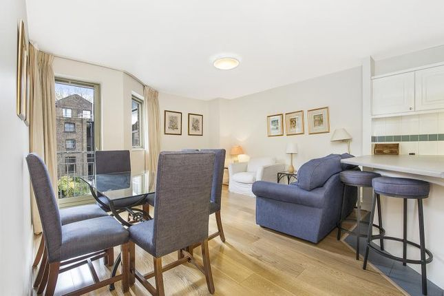 2 bed flat for sale in Kensington Gardens Square, Bayswater