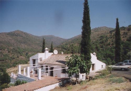 Thumbnail Villa for sale in New Golden Mile, Malaga, Spain