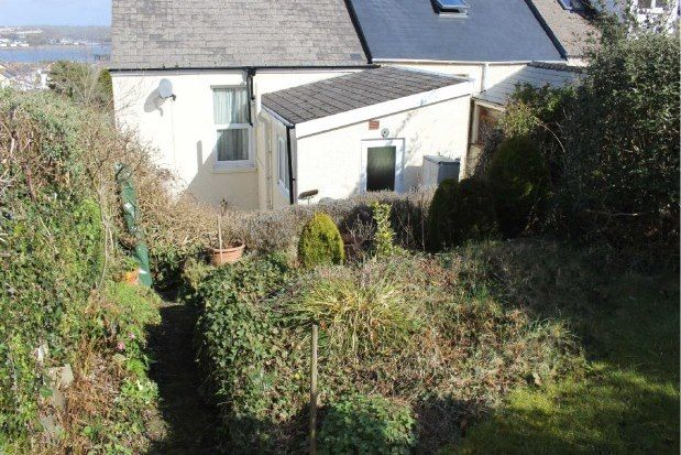 Thumbnail Property to rent in Croft Terrace, Pembroke Dock