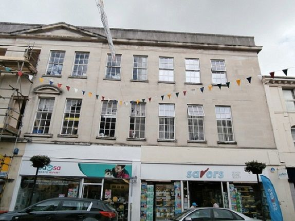 Thumbnail Flat to rent in Bank Chambers, Newton Abbot