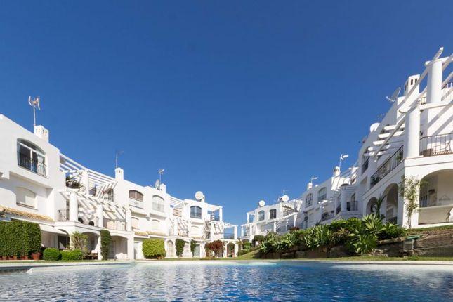 2 bed town house for sale in Málaga, Spain