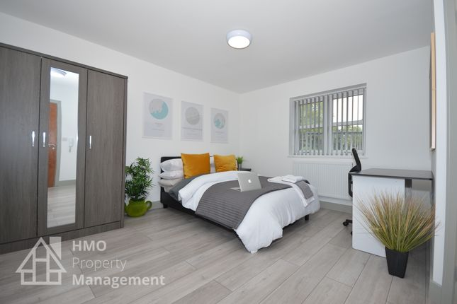 Thumbnail Shared accommodation to rent in Dunkirk, Newcastle-Under-Lyme