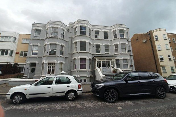 2 bed flat to rent in Edgar Road, Margate CT9