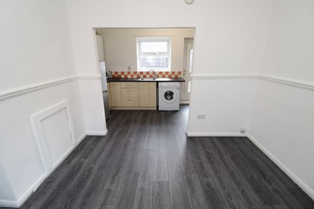 1 bed semi-detached house to rent in Parliament Street, Hebburn NE31