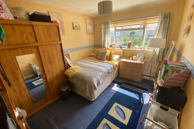Bedroom 2 of Queens Walk, South Ruislip HA4