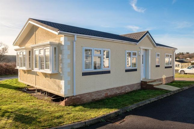 Thumbnail Mobile/park home for sale in 3 The Dell, Caerwnon Park, Builth Wells