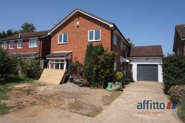 Thumbnail Detached house to rent in Bell Acre Gardens, Letchworth Garden City