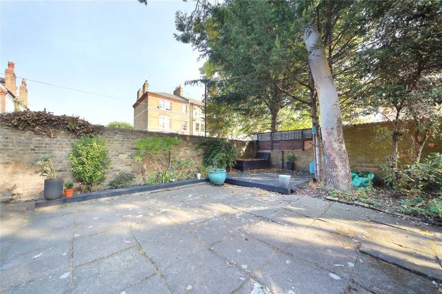Picture No. 10 of Macaulay Road, Clapham, London SW4