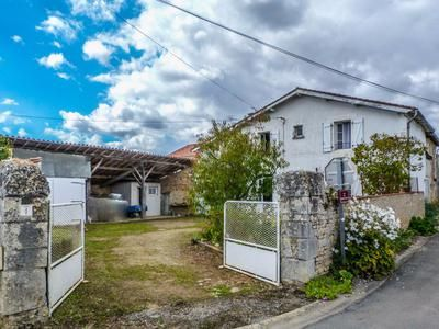 Thumbnail Property for sale in Ventouse, Charente, France