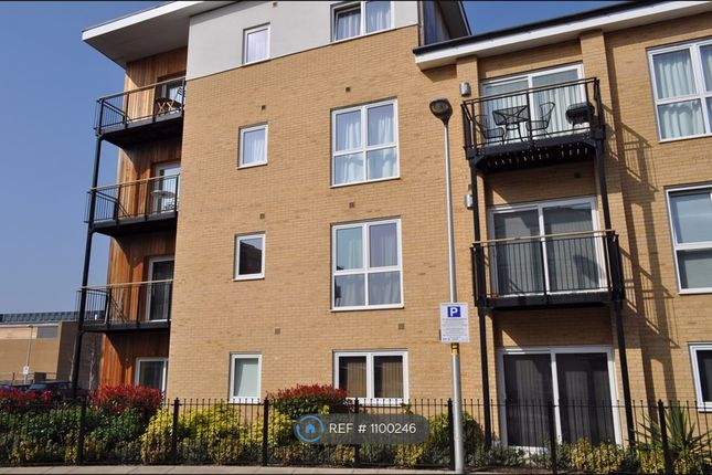 2 bed flat to rent in Tean House, Reading RG2