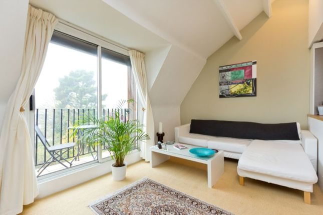 Thumbnail Flat to rent in Holmdale Road, West Hampstead
